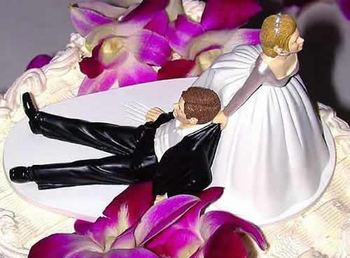 Dirsi addio con la torta. E il divorzio diventa una festa