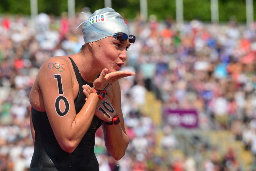 Londra 2012 / Nuoto, prima medaglia dalla maratona. Brava Grimaldi