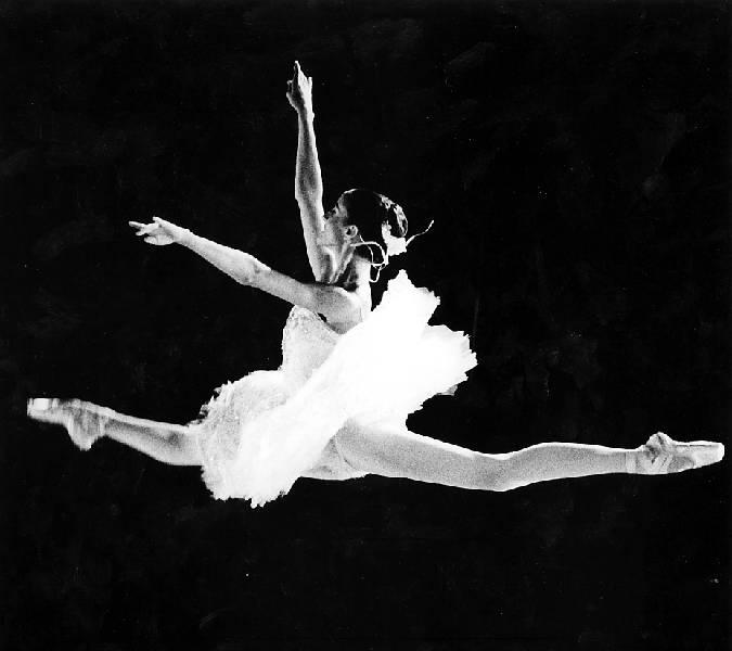 Fondazione Alario, a Ferragosto la grande danza e la tromba di Nello Salza