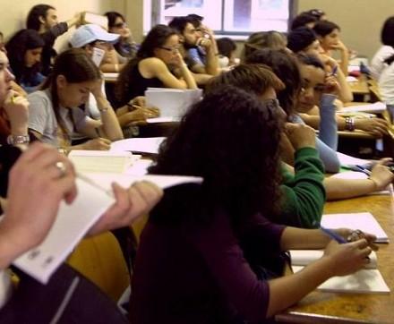 Concorso scuola: pronto il ricorso di 50mila docenti non abilitati