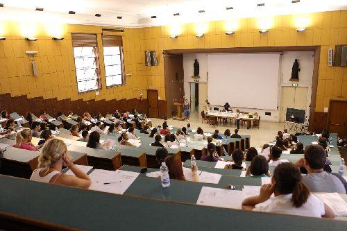 Test per studiare da medico: un'assurdità anticostituzionale