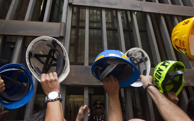 Alcoa, una protesta al giorno per stanare il governo