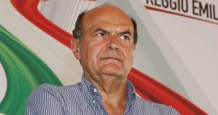 Bersani fa il Grillo: Decidono gli italiani col voto non i banchieri