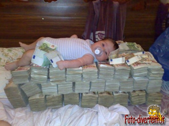 Soldi soldi soldi: mantra insostenibile del tempo presente