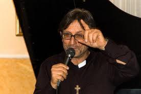 """Don Manganiello: """"La gerarchia ecclesiale tace sulla camorra"""""""