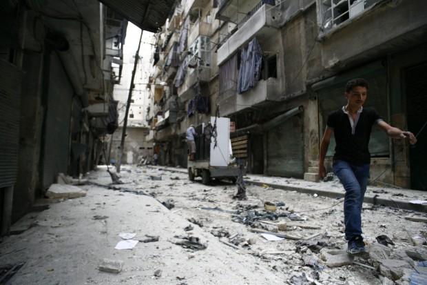"""Venti di guerra, la Turchia vuole """"risolvere"""" la crisi siriana"""