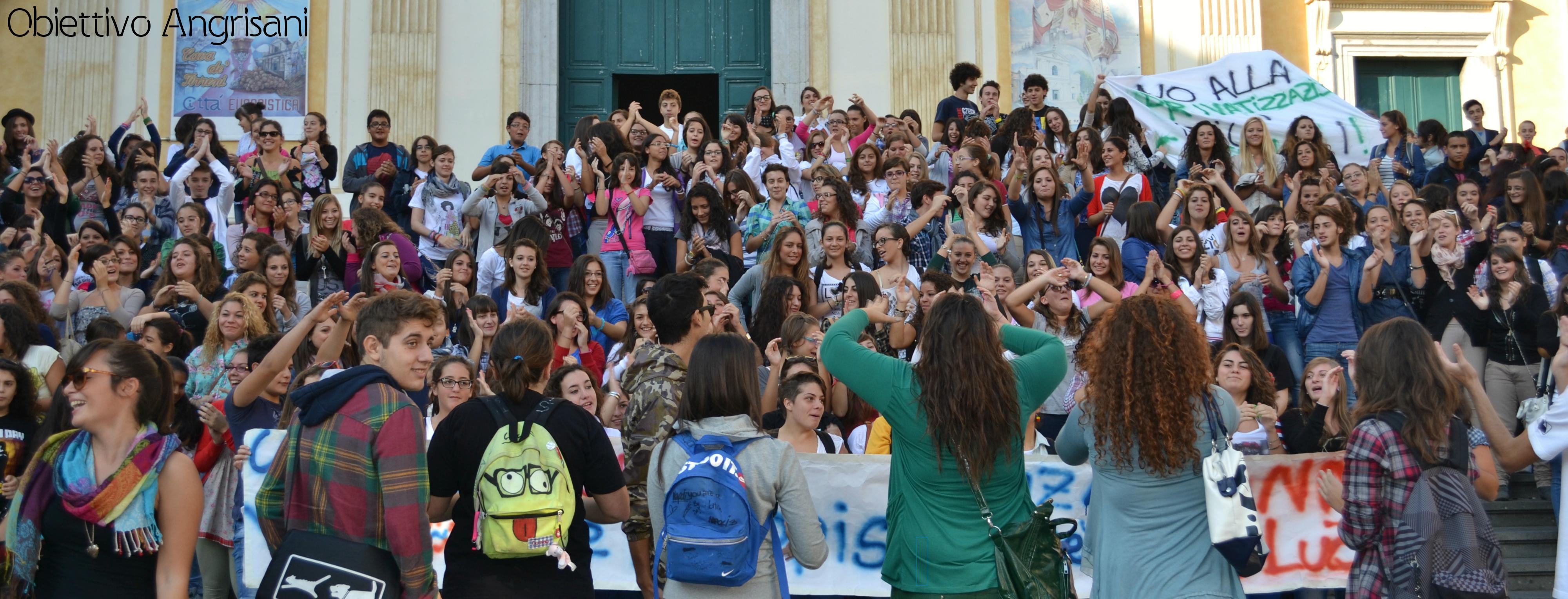 Studenti in piazza anche a Cava de' Tirreni
