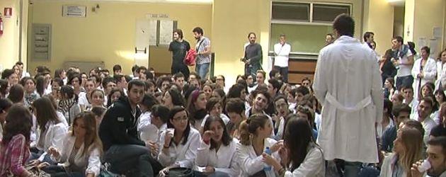 Medicina a Salerno diventa un caso nazionale di caos istituzionale