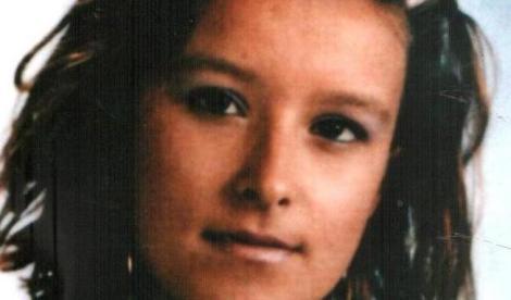 La figlia uccisa dall'ex fidanzato, ora devono pagare anche 2mila euro