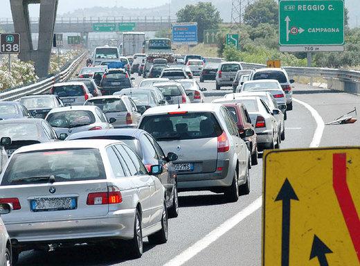 """La Salerno-Reggio """"cantiere"""" dello squallore clientelare italico"""
