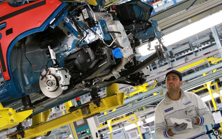 Il ritorno in fabbrica di un operaio Fiom di Pomigliano D'Arco