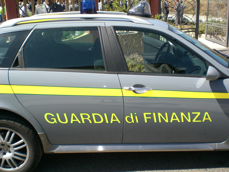 """""""Compro oro"""", blitz della Finanza: sequestri per 163 milioni"""