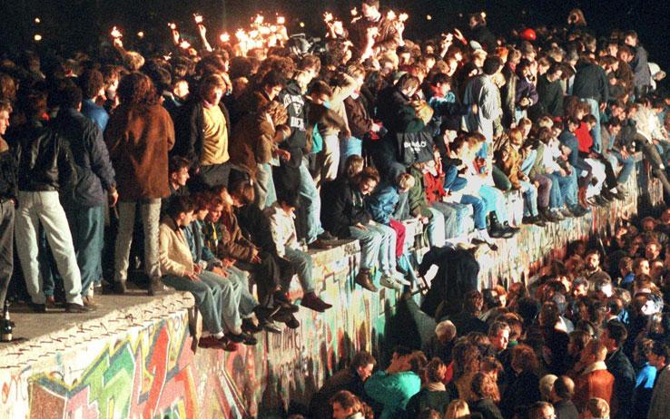 Il Muro di Berlino crollò 23 anni fa. E nacque un nuovo mondo