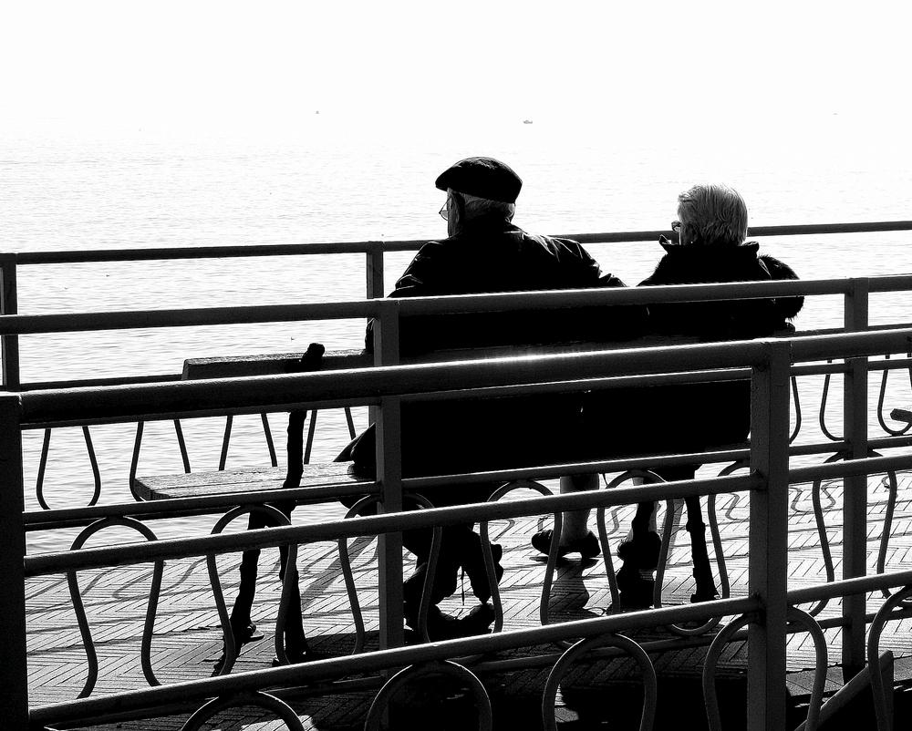 Dialoghetti semiseri / Primarie, secondarie e l'amore di muglierema