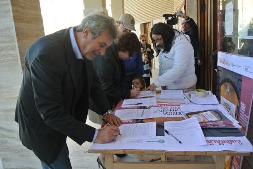 Elezioni, il Governo sta per semplificare la raccolta firme per tutti