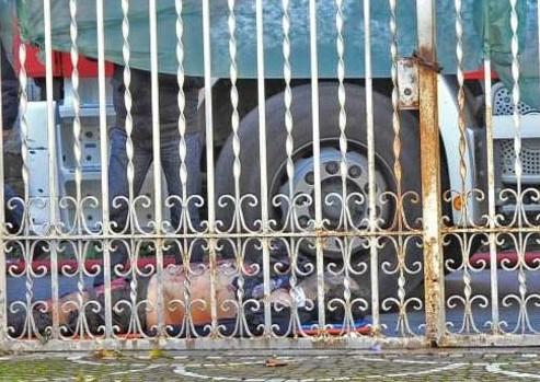 Esplode officina nel Salernitano: un morto e tre feriti