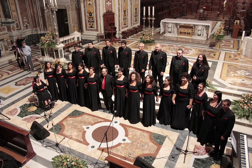 35 candeline per il Coro Armonia. La corale festeggia a Salerno