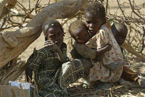 Napoli, concerto al Politeama per salvare i bambini del Darfur