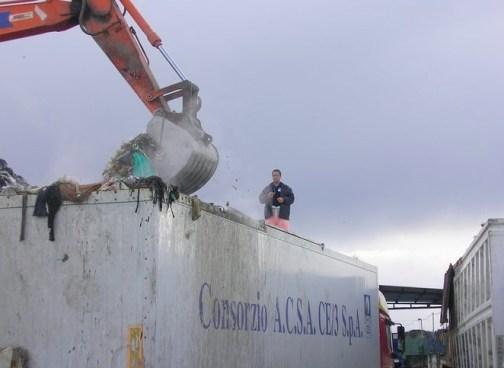 Consorzio rifiuti Napoli e Caserta: scomparsi 103 milioni di contributi