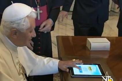 Il Papa sbarca su Twitter, domani si conoscerà l'account