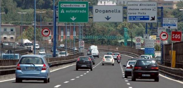 Arrivano aumenti sulla tangenziale di Napoli: 5 centesimi in più