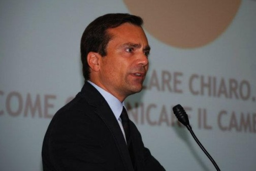 Vassallo (Renzi): sì alle primarie per i candidati, ma serve più tempo