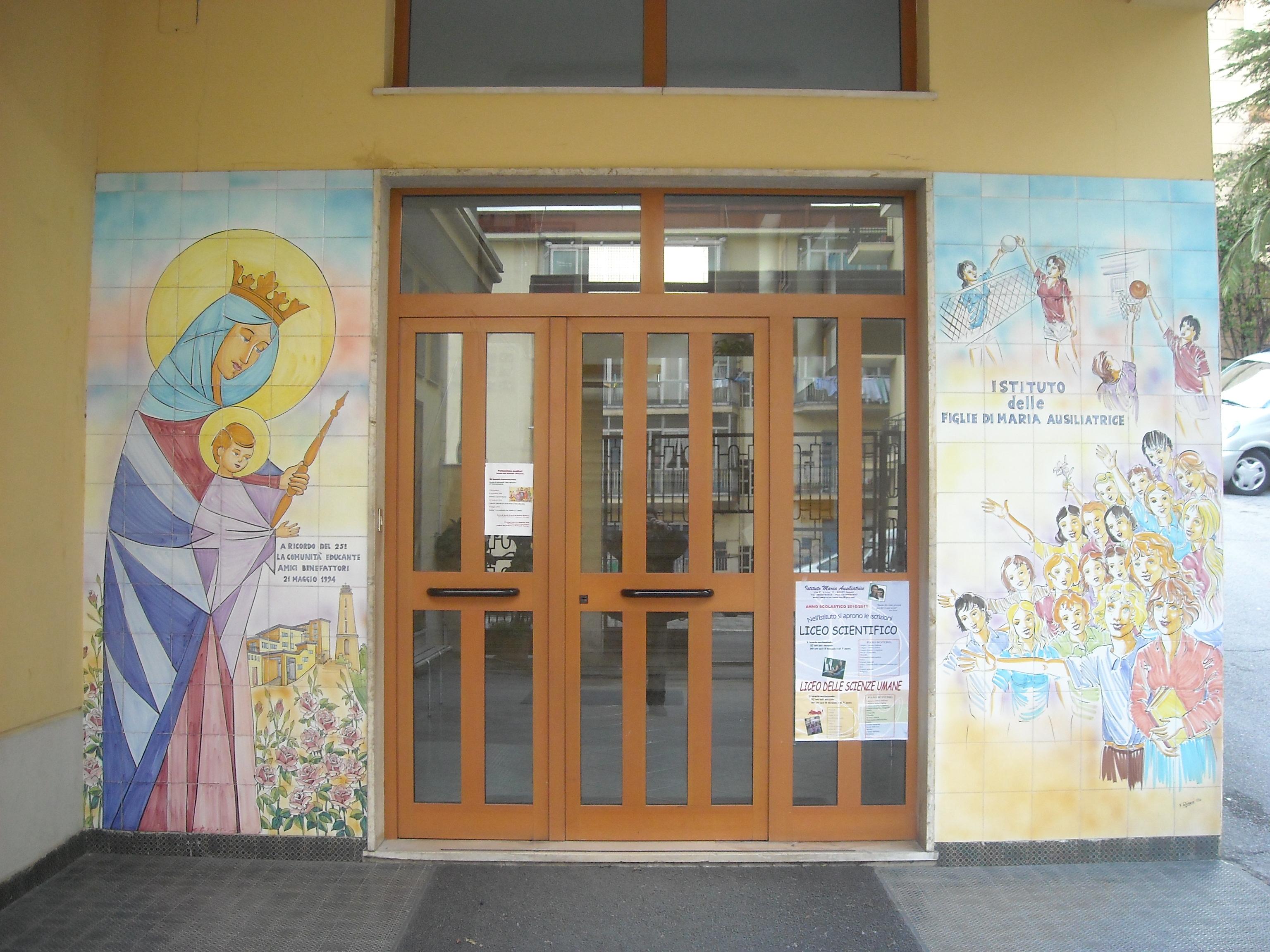 Open day: la scuola spalanca le porte ai ragazzi e alle famiglie