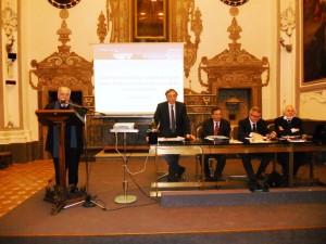 Marco Salvatore e il tavolo dei relatori