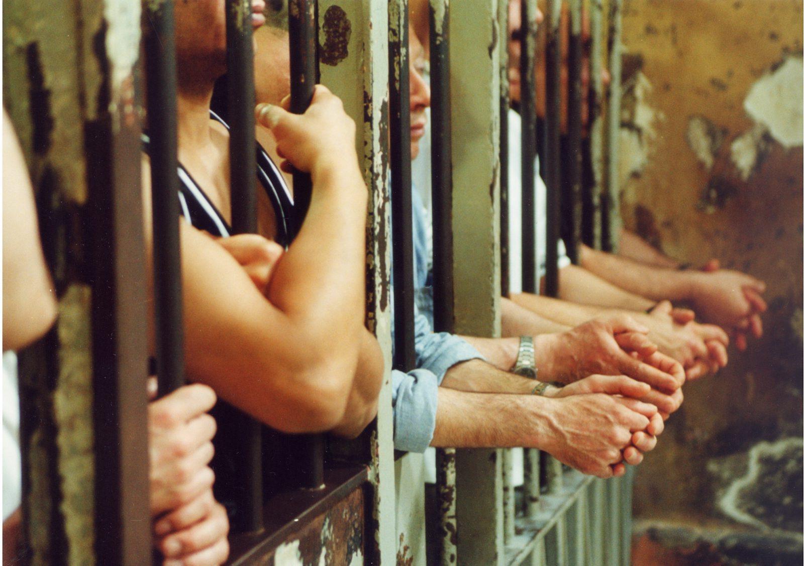 Corte Europea: risarcire i detenuti umiliati in piccole celle