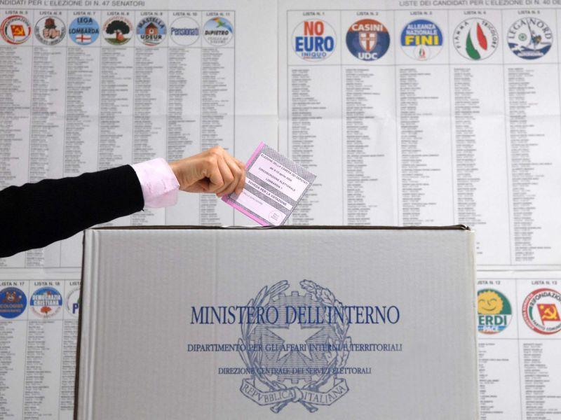 Liste in Campania, il Pdl candida Cosentino