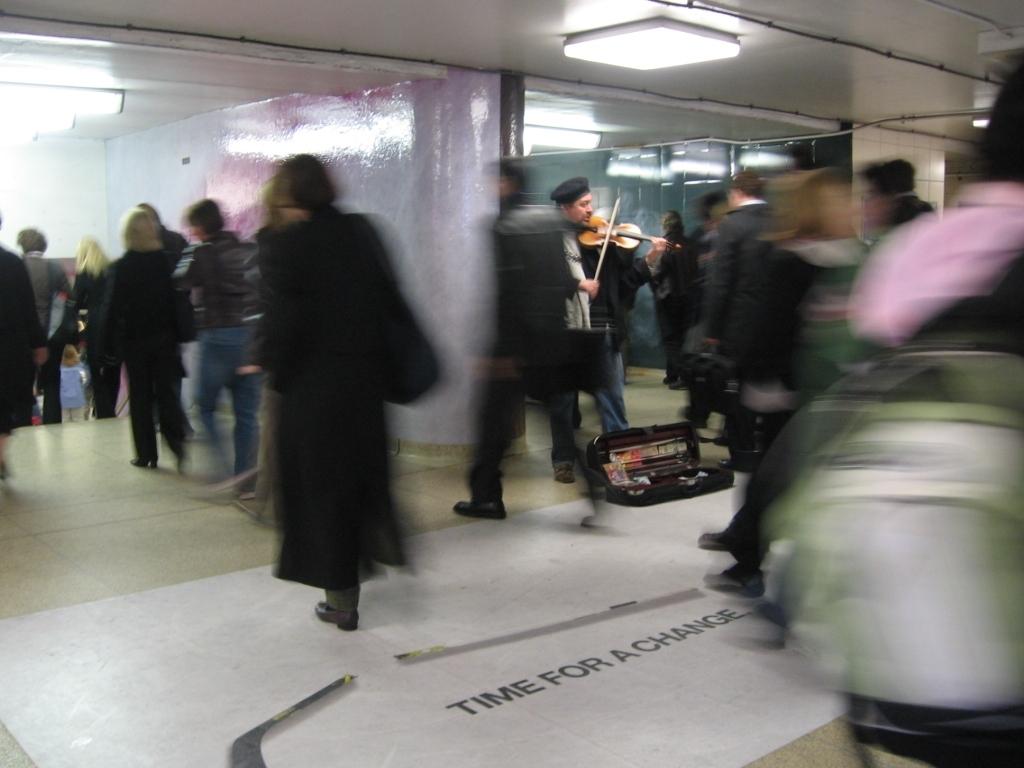 Quell'esecuzione in incognito di Joshua Bell alla Metro di Washington