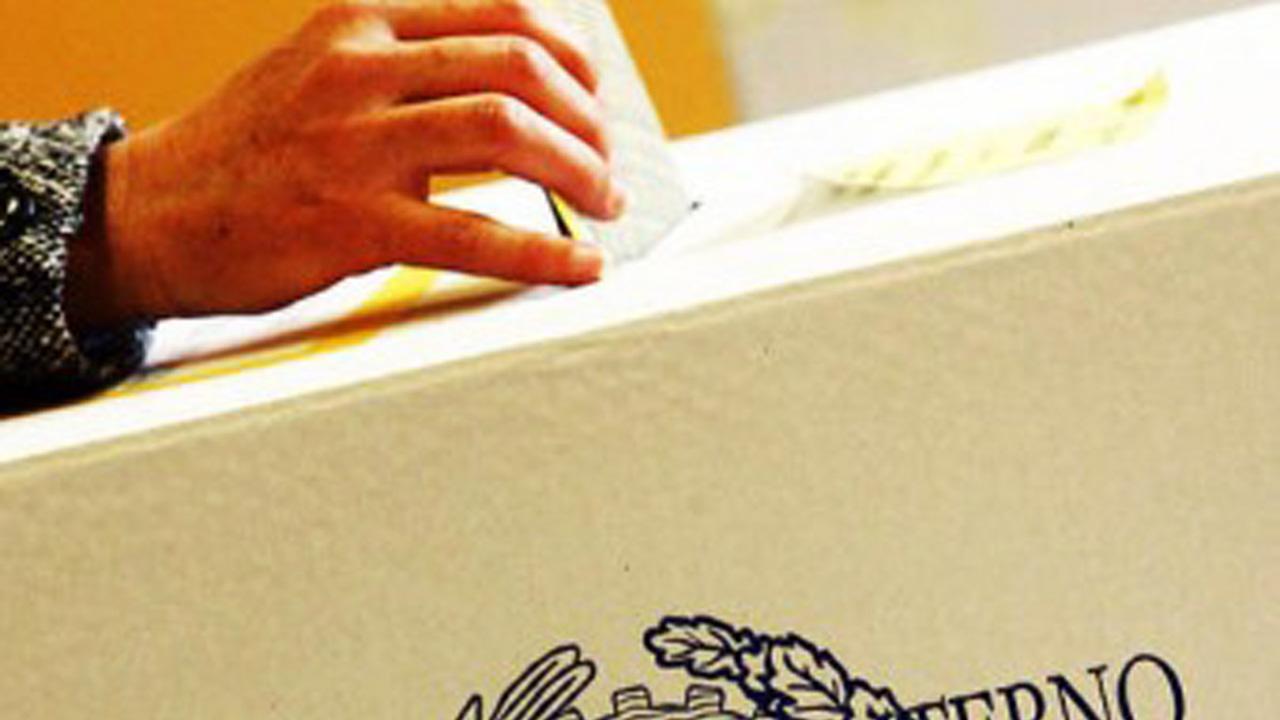 Votanti, affluenza in calo. In Campania: -10%