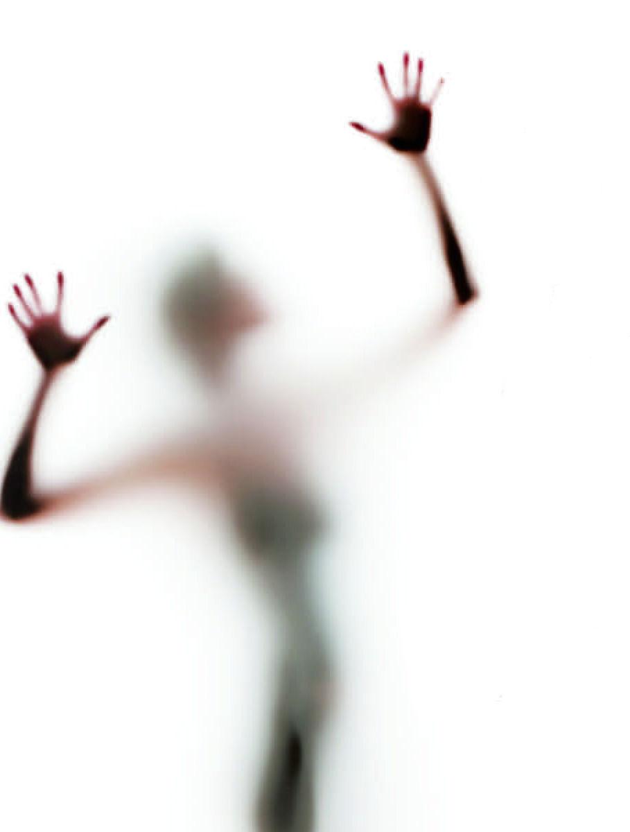 Troppa violenza sulle donne: riflettere più che festeggiare