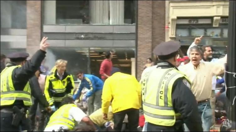 Il video choc dell'attentato a Boston