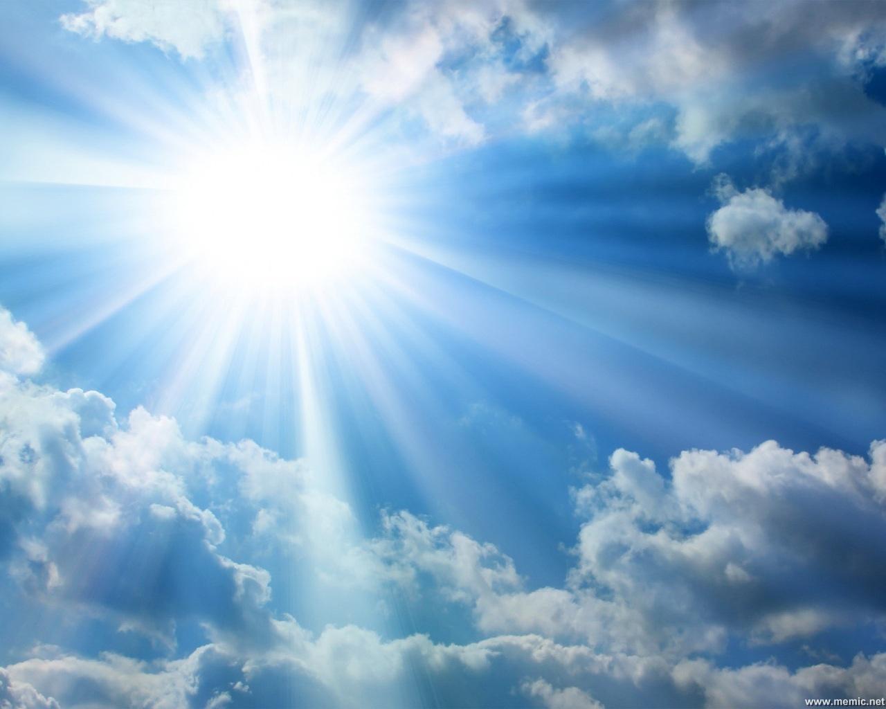 Amare è novità del Dio-con-noi, meraviglia di scoprire l'altro