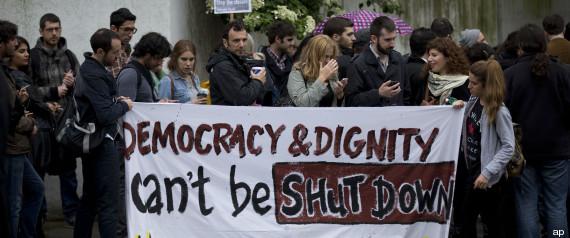 La Grecia spegne la voce della televisione pubblica