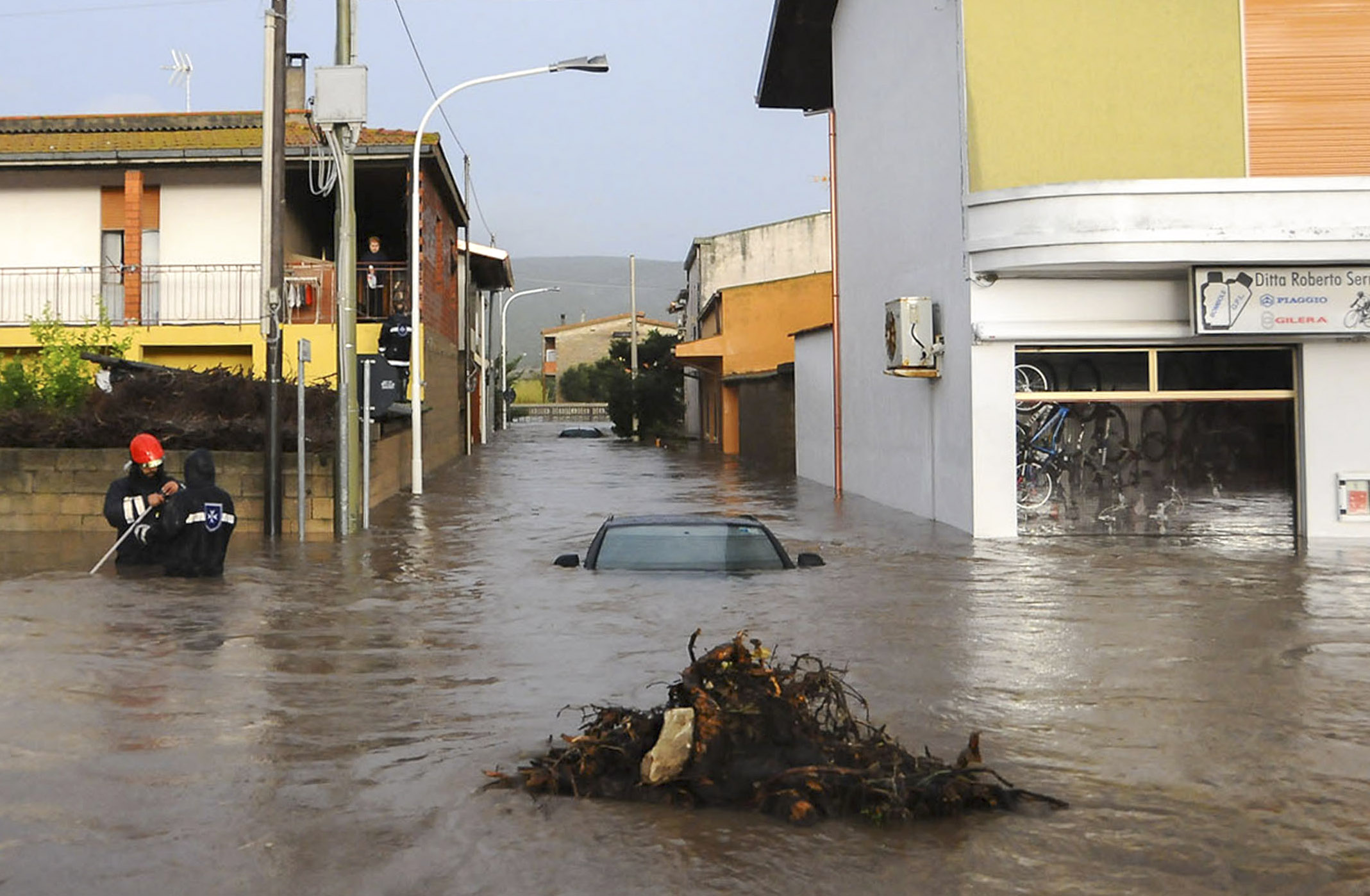 Piove, l'Italia crolla