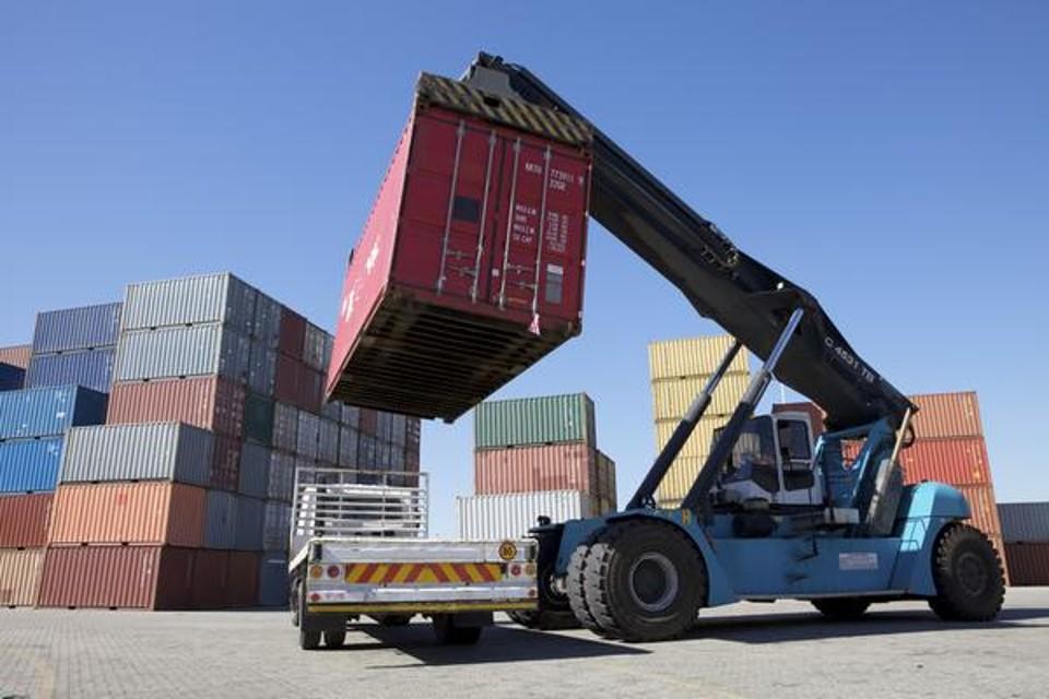 Esportazioni ok, ma la politica è al palo