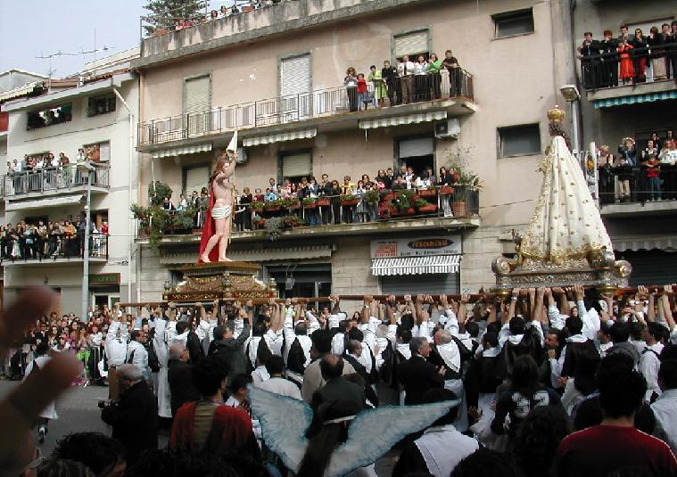 Fede & Legalità / Via i camorristi dalle processioni