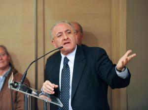 L'ex sindaco di Salerno Vincenzo De Luca