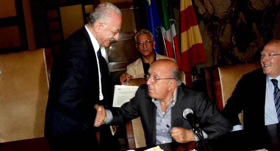 Il re di Nusco / «Viva 'o Rre 'e Spagna, mora 'o malgoverno»