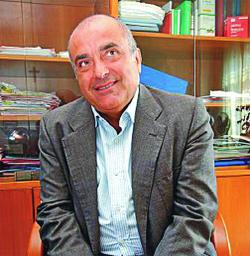 L'ex parlamentare Andrea De Simone