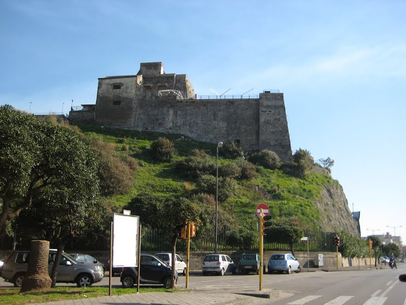 Tam Tam / Sistema Salerno, se la mappa del potere si riduce ad un fortino
