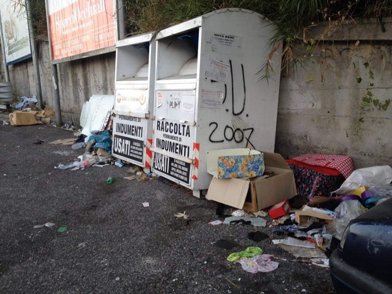 Salerno città spazzatura, invertire subito la rotta