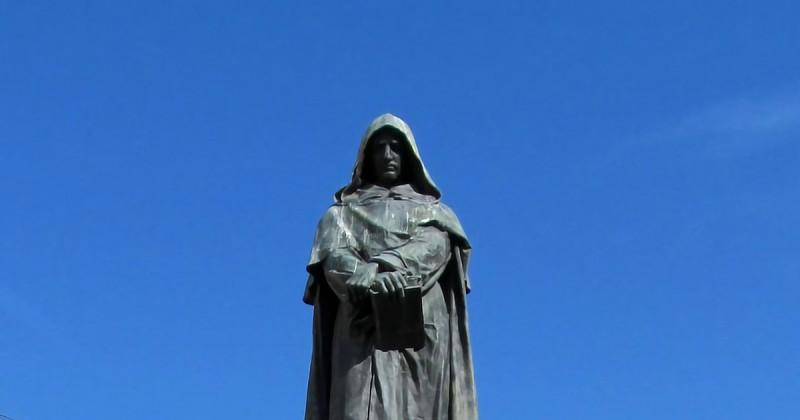 Giordano Bruno, l'anarchia necessaria di un campione di libertà
